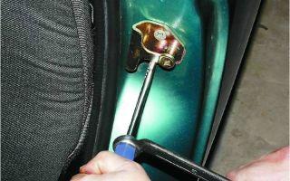 Как заменить заднюю дверь в автомобиле