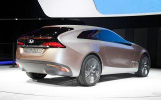 Hyundai i-ioniq concept: 700 км пути для него не проблема